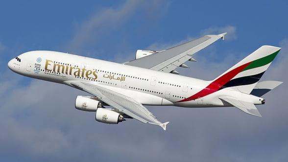 Airbus ar putea renunta la cel mai mare avion de pasageri din lume daca nu obtine o noua comanda din partea Emirates