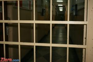 Alternativa la gratiere? Proiect PNL cu pedepse privative de libertate executate in weekend sau acasa