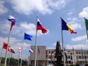 Ambasadorul SUA la NATO: Romania participa cu mijloace militare la lupta impotriva Statului Islamic