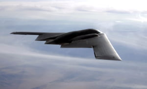 Amenintati de Coreea de Nord, americanii trimit bombardiere invizibile de 3 miliarde de dolari