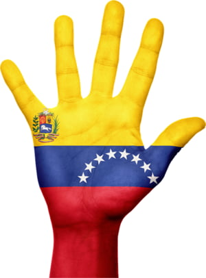Americanii isi retrag tot personalul diplomatic ramas in Venezuela