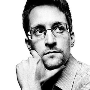 Americanii vor sa incaseze banii din vanzarea memoriilor lui Snowden