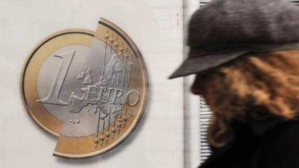 Analisti: Cum pot reduce deficitul tarile din zona euro