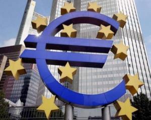 Analistii: Romania intra in zona euro in 2015