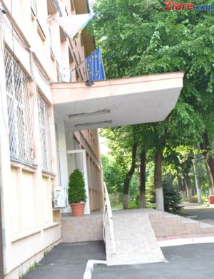 Andronescu: Sunt 1.460 de scoli in tara cu toalete in curte. Avem bani in buget ca sa rezolvam problema