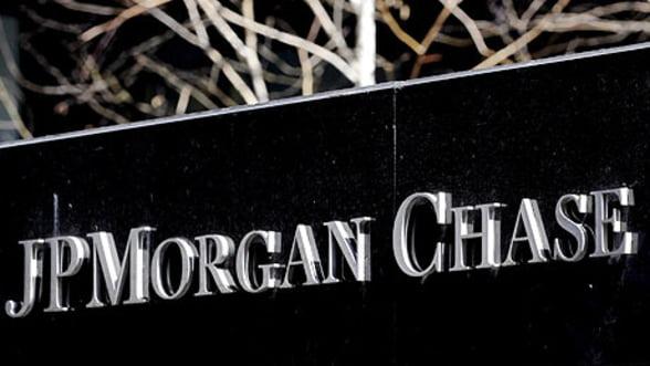 Angajatii JPMorgan, obligati sa contribuie la plata unei amenzi de 500 mil. de lire