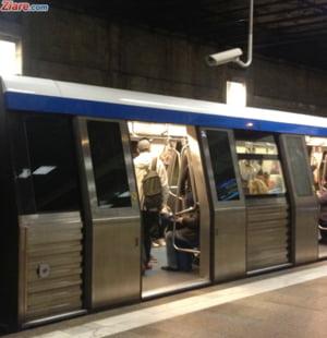 Angajatii de la metrou fac greva joi dimineata si ameninta cu blocarea totala a subteranului