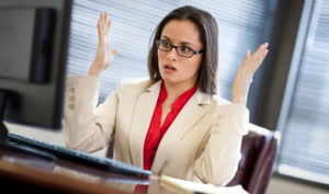 Angajatii sunt incompetenti. 3 din 4 firme spun asta