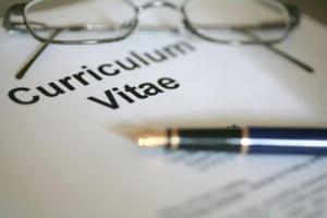 Angajatorii: Dupa CV-uri, toti romanii care aplica in retail ar trebui angajati manageri