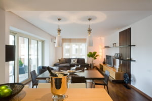 Ansamblul rezidential InCity Residences are showroom