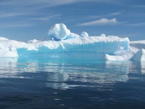 Antarctica va pierde un bloc de gheata de doua ori mai mare decat orasul New York (Foto)