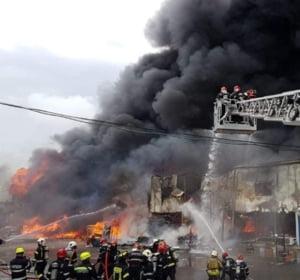 Anual in Romania sunt inregistrate peste 6.500 de incendii la locuinte: Cel mai des e vorba despre neglijenta si neatentie