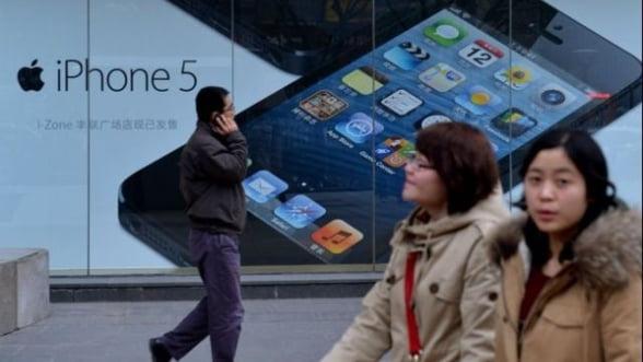 Apple, aproape sa castige 800 de milioane de potentiali clienti in China si Japonia