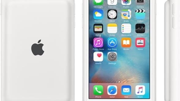 Apple a lansat rezerva de baterie pentru iPhone ascunsa intr-o carcasa smart