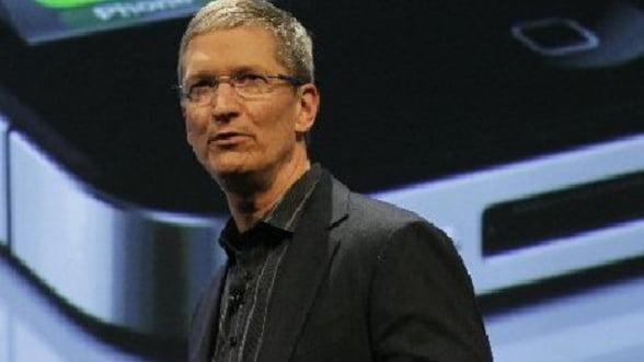 Apple anunta ce va face cu lichiditatile de 100 mld euro