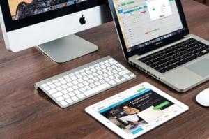 Apple devine prima companie privata din lume care a depasit 1.000 de miliarde de dolari pe bursa