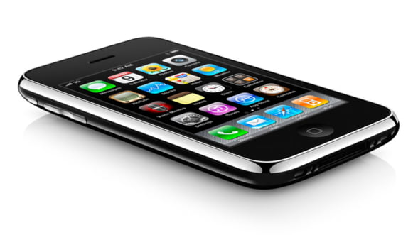 Apple inca face milioane cu iPhone 3GS, iar cererea e mare