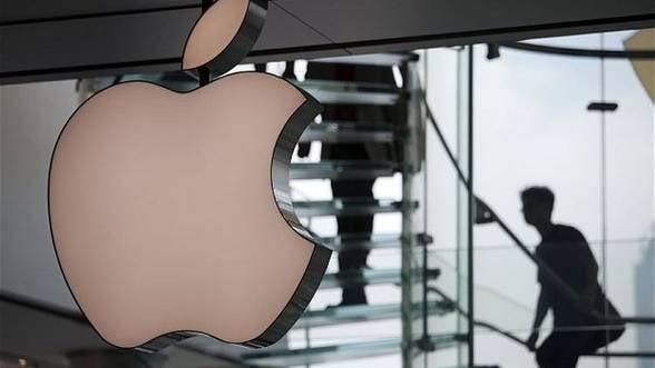 Apple profita de propria depreciere la bursa si rascumpara actiuni de 14 miliarde de dolari