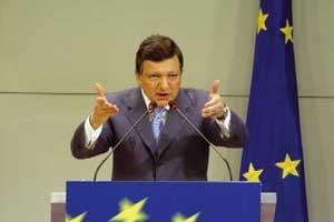 Aprecierea puternica a euro ingrijoreaza Comisia Europeana
