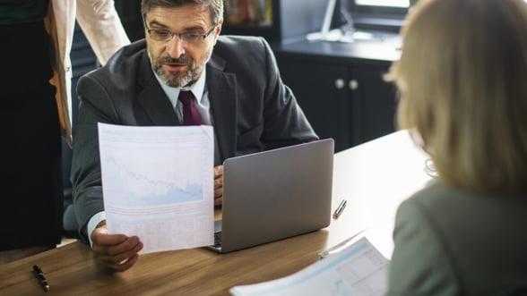Aproape jumatate din angajatii cu contract individual de munca au primit salariul minim pe economie in 2018