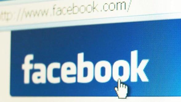 Aproape jumatate dintre angajatii din Romania socializeaza pe Facebook