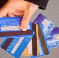 Aproape opt procente din americani au fost victimele unor fraude financiare