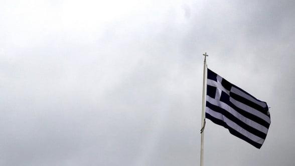 Aproape toti grecii au probleme cu plata ratelor bancare