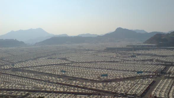 Arabia Saudita tine pustie o tabara de 4 milioane de locuri, dar refuza sa preia refugiati