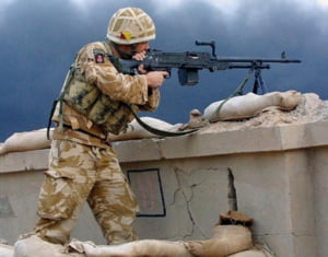 Armata face angajari