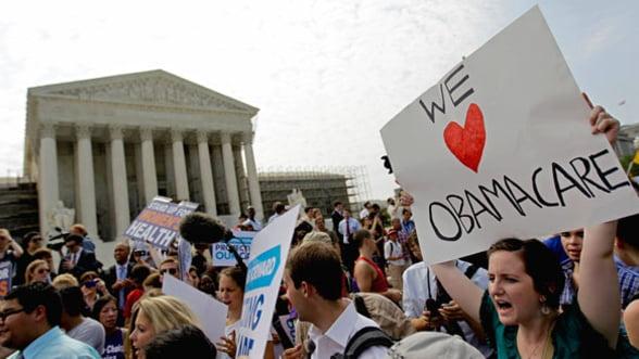 "Asigurarile de sanatate ""Obamacare"" au inceput sa fie implementate in SUA"