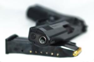Atac armat intr-un club de noapte din SUA: Cel putin un mort si 14 raniti - UPDATE