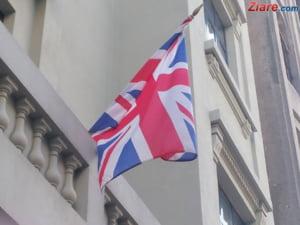 Atentatele de la Paris i-au speriat pe britanici: Majoritatea vrea iesirea din UE - sondaj