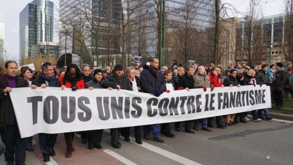Atentatele de la Paris lovesc in economia Frantei: Reactia dupa 9/11, exemplu de urmat?