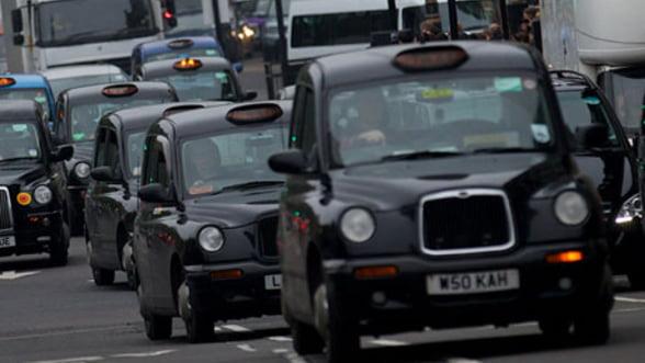 Atractiile turistice ale Romaniei, promovate pe taxiurile londoneze. Cat costa campania