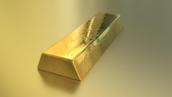 Aurul, la cel mai ridicat nivel din ultimii sase ani, din cauza temerilor privind recesiunea