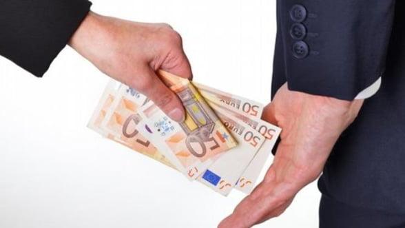 Austeritatea nu vindeca Romania de coruptie - Studiu