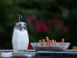 Austria interzice, intr-un final, fumatul in cafenele si restaurante: Nu mai suntem scrumiera Europei