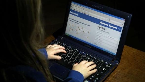 Autoritatile chineze folosesc Facebook si Twitter, retele de socializare interzise locuitorilor