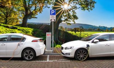 Autoritatile locale primesc 20 de milioane de euro pentru a instala prize pentru masinile electrice