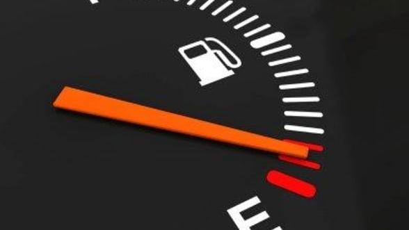 Avem cea mai ieftina benzina din UE, dar platim cel mai mult pentru ea, dupa bulgari
