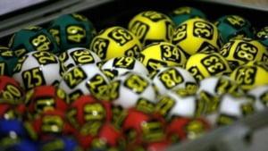 Averile directorilor care conduc Loteria Romana: conturi grase, multe case si actiuni in firme