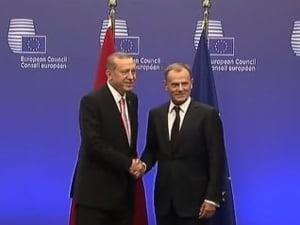 Avertisment pentru Turcia: Vreti favoruri de la UE, reduceti numarul de refugiati