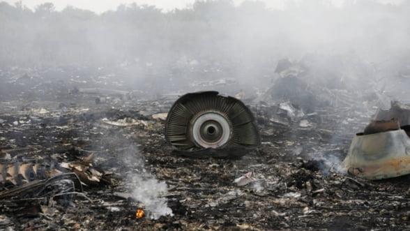 Avion doborat in Ucraina: Un roman, printre cele 298 de victime