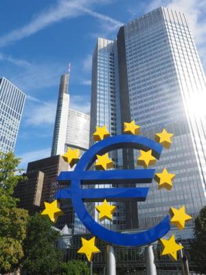 BCE avertizeaza Deutsche Bank si Commerzbank ca entitatea rezultata din fuziune trebuie sa detina capital suplimentar