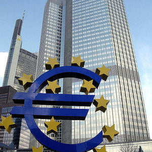 BCE mentine dobanda cheie la nivelul minim istoric de 1%