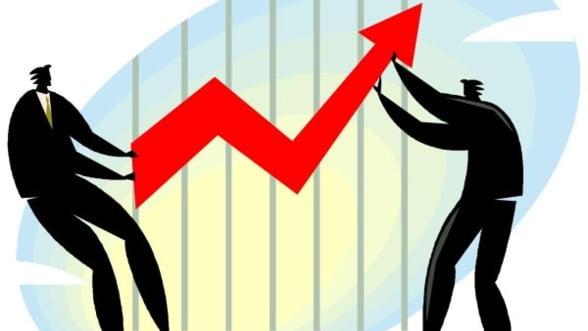 BCR: Economia va creste simtitor abia in 2014 si 2015