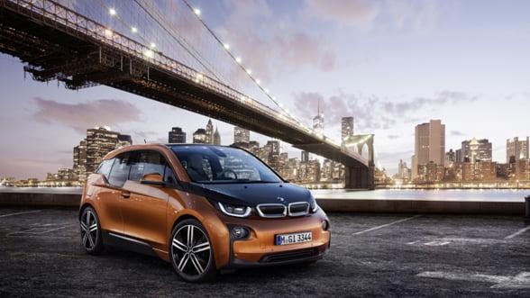 BMW i3: Masina viitorului este aici - vezi ce stie sa faca