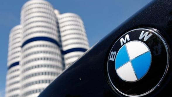 """BMW ramane """"Number 1"""" pe piata auto de lux: Vanzari in crestere cu 12%"""