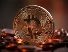 BNR: Monedele virtuale sunt riscante dar inca nu ameninta stabilitatea financiara in Romania