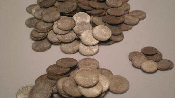 BNR: O moneda de argint dedicata primei legi moderne a pasapoartelor romanesti